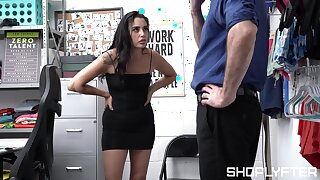 Full hardcore sex leaves sexy impart lifter fully jizzed