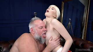 Deep sex all over an old man whose dick stings her so enjoyable