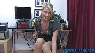 Video of foxy blondie Daniella Maye penetrating her pussy on be imparted to murder floor